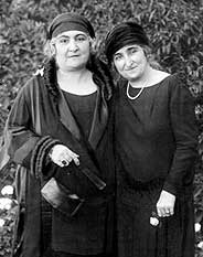 Huda (left) and fellow activist, Safia Zaghloul (right). (Source)